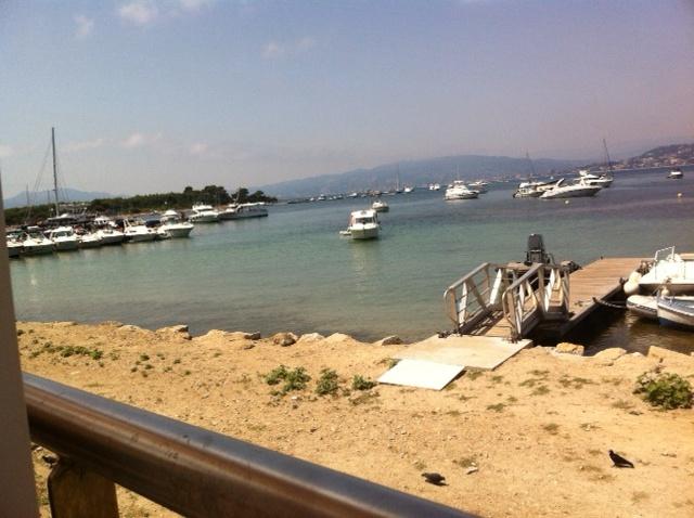 """De restaurant """" l'Escale"""", """"île St Marguerite"""" nabij Cannes"""